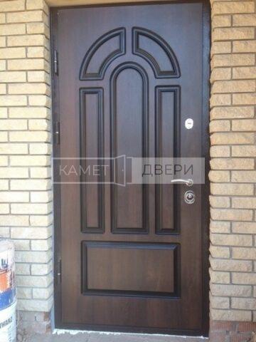 дверь в коттедж купить на заказ в Москве